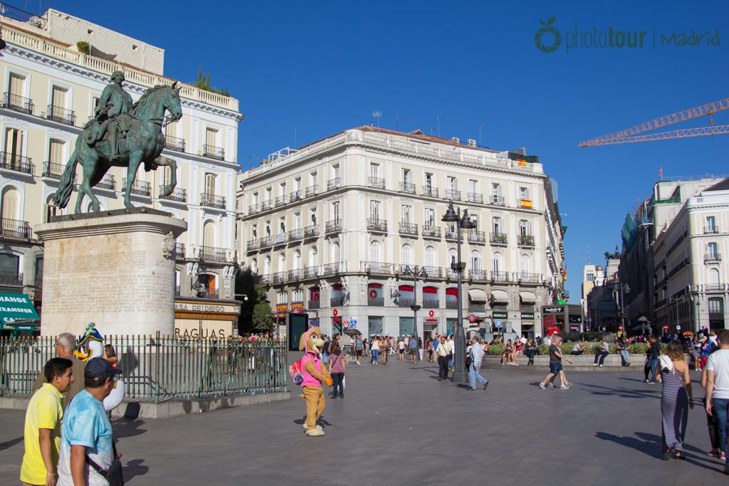 Most romantic spots of madrid for your marriage proposal for Puerta del sol 2017